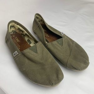 🌴Toms Shoes for Women -Size 8